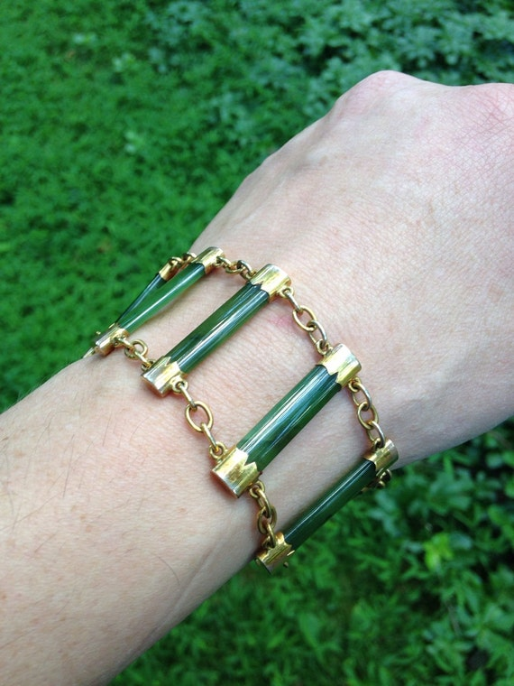 1910 Stunning 9 CT Gold Antique English Bracelet with Chrysoprase Links