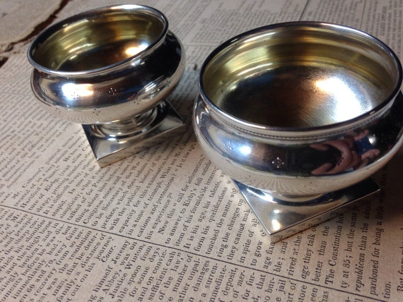 1895 Pair Goodnow & Jenks Sterling Silver Matched Master Salt Cellars Made in Boston 925