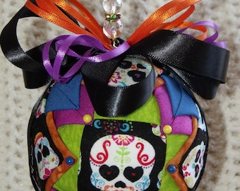 5 Inch Day of the Dead Quilted Fabric Ball - Holiday Decor - Folk Art - Quilted Ball - Fabric Ball - Skulls
