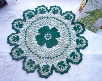 DOILY Shamrocks 'N' Lace Crochet Thread Art Doily