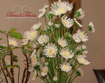 French beaded wild daisy tutorial and pattern - pdf - as featured on Bead & Jewellery magazine
