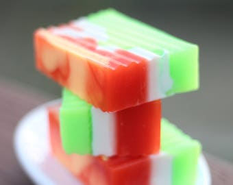 Handmade Shea Butter and Glycerin Soap - Mom's Fruit Jello // Gifts for Her