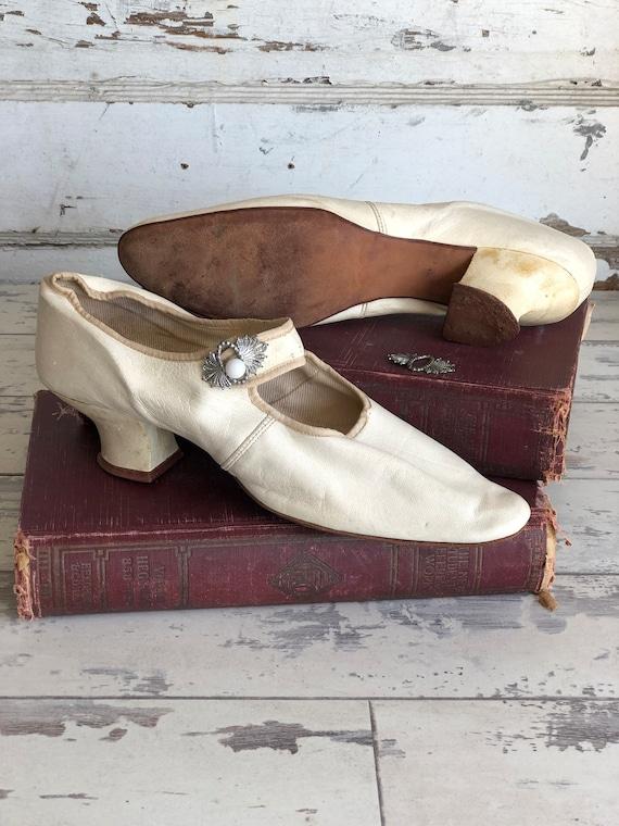 Antique Edwardian Shoes - Kid Leather Wedding Kitt