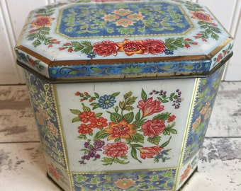 Vintage Tin Daher Tea Biscuit Candy Tin - Blue Floral Hexagon Chinoiserie