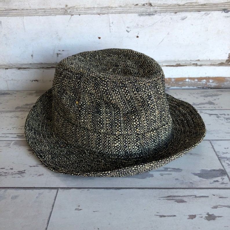 26f892d7dfc1a Vintage Hat Made in Republic of Ireland 100% Wool Tween