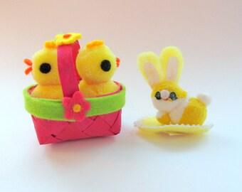 Vintage Pom Pom Duck and Rabbit/ Vintage Easter Kitsch Decoration/ Vintage Easter Chick Duck Rabbit