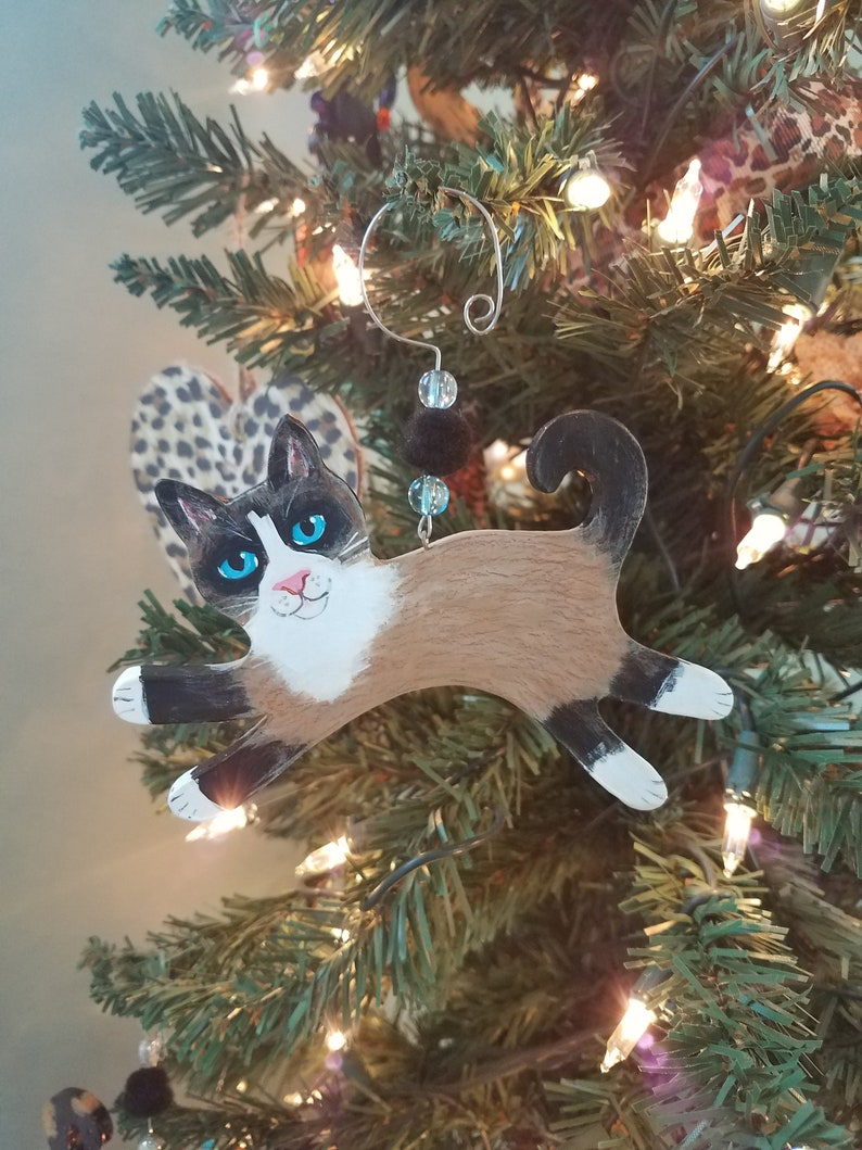 Snowshoe Cat Ornament  Cat Lover Gift  Personalized Cat image 0