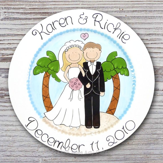 Personalized Wedding Plates - Hand Painted Ceramic Wedding Plate - Personalized Wedding Plate - Happy Couple Tropical Beach - Palm Tree