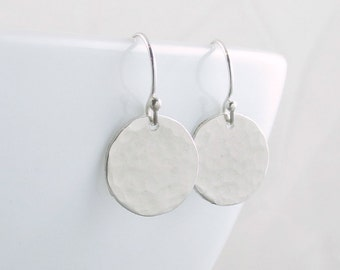 Silver Disc Earrings Circle Earrings Minimalist Jewelry Silver Circle Earrings Dot Everyday Earrings Christmas Gift For Wife Mom Girlfriend