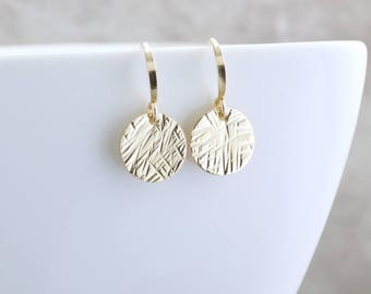 Dainty Gold Earrings Textured Gold Minimal Earrings Everyday Jewelry Simple Gold Circle Earrings Tiny Dangle Earrings Circle Drop Earrings