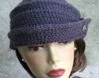 1590498bc63 Womens Crochet Hat Pattern 1940s style Bowler With Button Trim Instant  Download