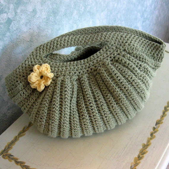 Crochet Purse Pattern Pleated Clam Shell Shape With Flower Etsy