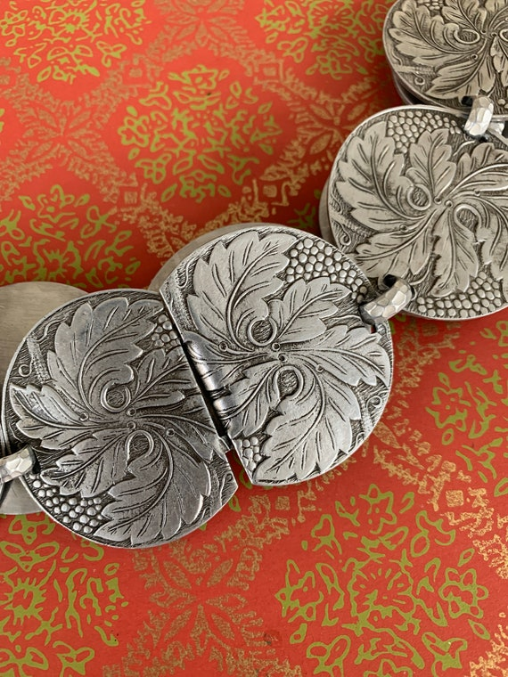 vintage 50s hammered aluminum belt - leaf motif