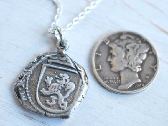 EXQUISITE SPAIN COLONIAL PIRATE COIN .925 STERLING SILVER Pendant 47mm