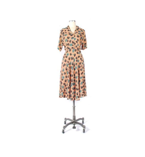 Vintage 40s Dress - 40s Rayon Dress - Cool Rayon … - image 1
