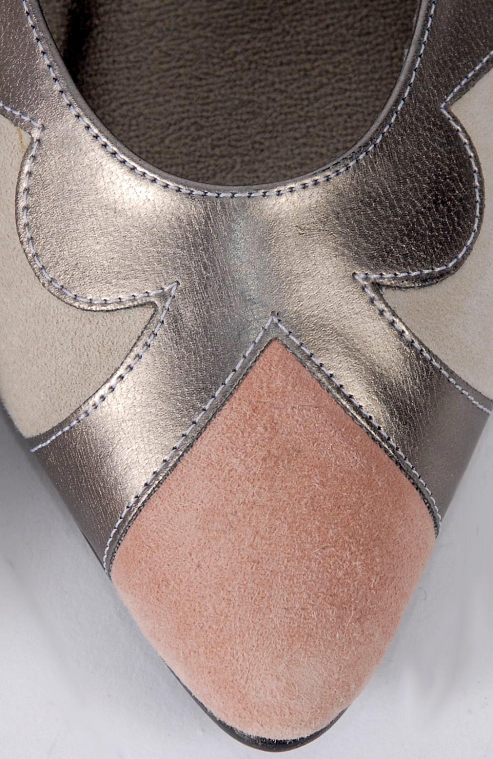 vintage 80s shoes - 80s ballet flats - 80s flats - pink taupe cream silver - leather flats - pointed toes - 7 - nos - nib - new