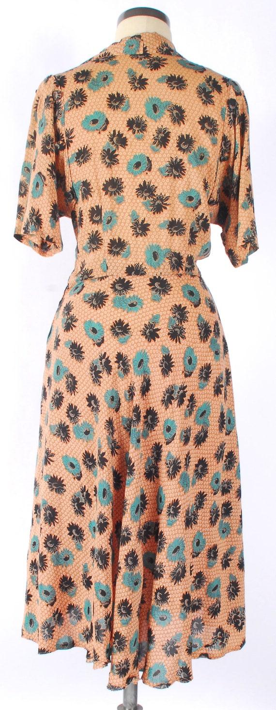 Vintage 40s Dress - 40s Rayon Dress - Cool Rayon … - image 9