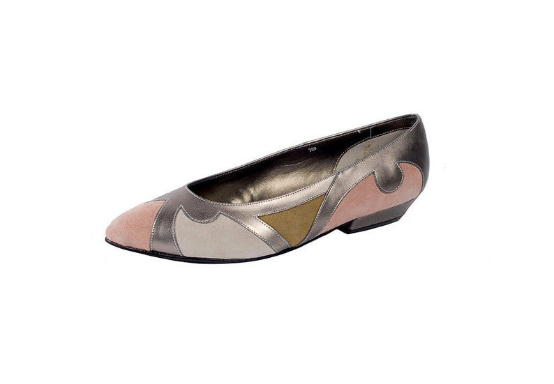 3d2d41786085f Vintage 80s Shoes - 80s Ballet Flats - 80s Flats - Pink Taupe Cream Silver  - Leather Flats - Pointed Toes - 7 - NOS - NIB - New Wave Shoes