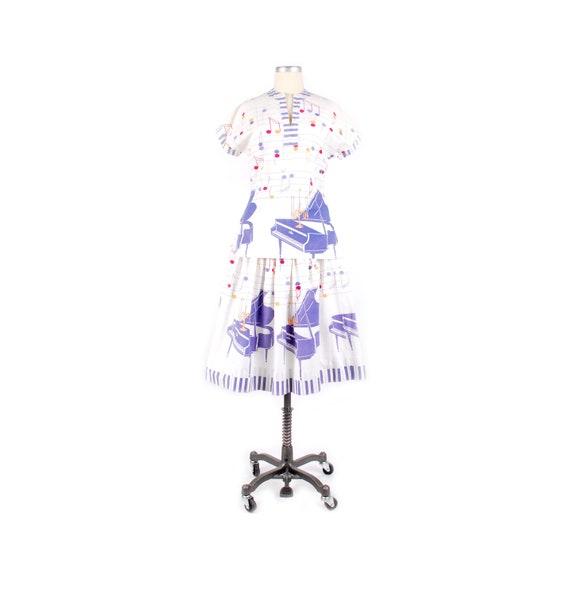 Vintage 50s Dress Set - 50s Novelty Print Skirt T… - image 1