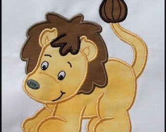 INSTANT DOWNLOAD Lion Applique designs