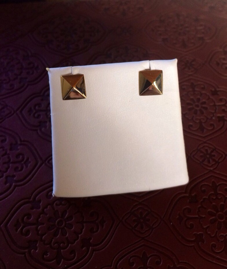 14K solid gold pyramid triangle stud earrings post earrings image 0