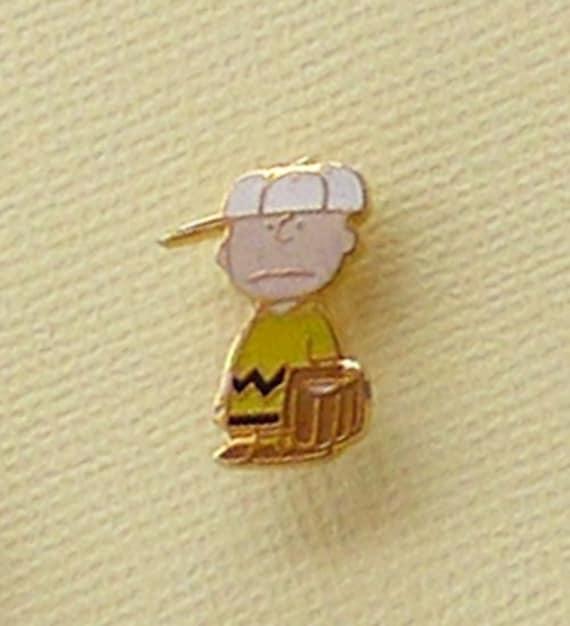 Vintage Snoopy Charlie Brown Baseball Pin Enamel C