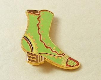 Vintage Aviva Pin Green Boot  Enamel Cloisonne 23-3