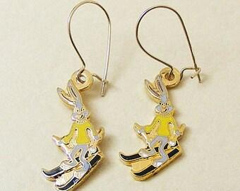 Vintage Aviva Bugs Bunny on Skis Earrings  Enamel Cloisonne 39-2