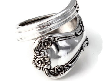 Daybreak Classic Wrapped Spoon Ring from 1952
