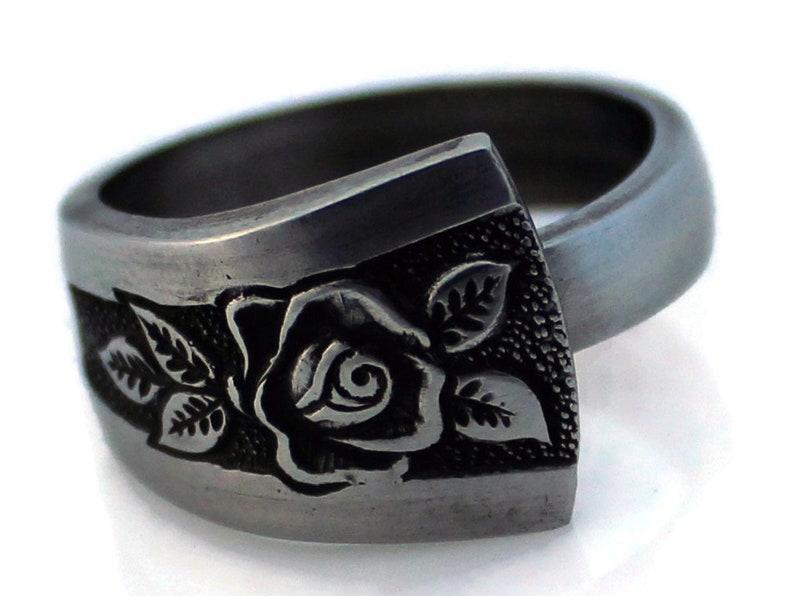 Pasedena Rose Spoon Ring Stainless Steel image 0