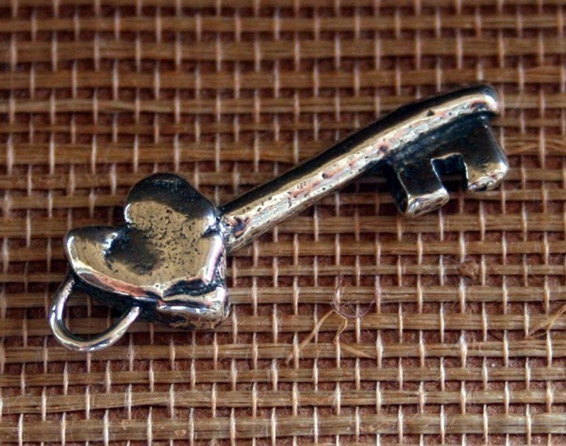 Key Charm Heart Sterling silver CK103