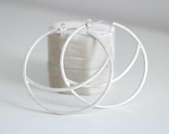 HOOPS . Dangle earrings
