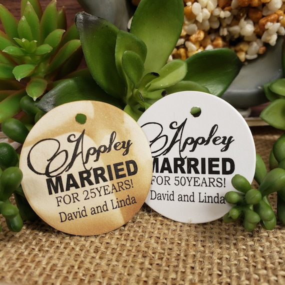 Appley Married Personalized 1.5inch ROUND tag choose your amount Wedding Anniversary Keepsake souvenir Favor tag card