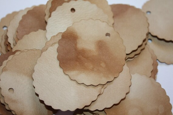 50 Scalloped Circle Tea Stained Tag