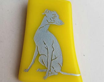 FrumsGlassMenagerie - Sitting Greyhound Glass Pin, Yellow