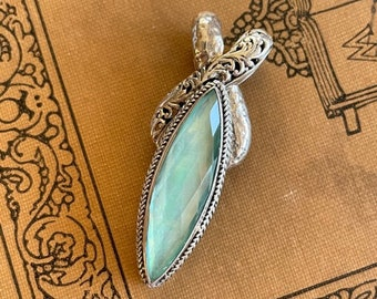 Mother of Pearl Pendant - Bali Silver Pendant With Gemstone