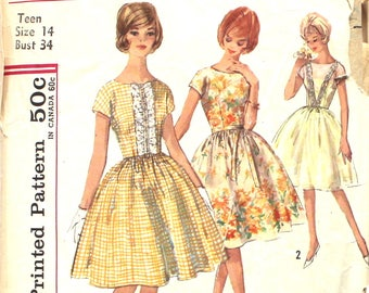 Simple to Make One Piece Dress with Full Skirt Bust 34 Simplicity 4817 Vintage Sewing Pattern