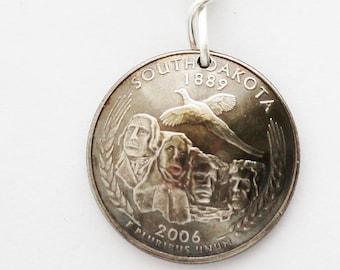 South Dakota Key Ring, Mt. Rushmore, U.S. State Quarter Dollar Coin, Keychain 2006, Key Fob by Hendywood