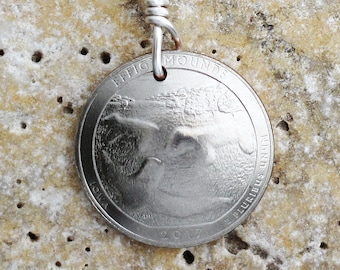 Efigy Mounds National Monument, Iowa, Commemorative Quarter Coin Keychain, American U.S. Key Ring by Hendywood KCE17
