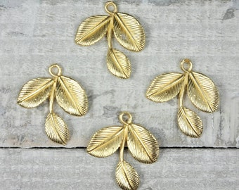 only 1 shown Vintage gold plate or raw brass large leaf 2/&18th,4pcs-KC145