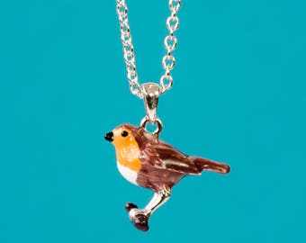 Necklace with enamelled Robin pendant