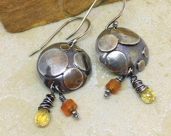 Sterling silver disc earrings with circle detail and dangles of citrine and carnelian.  Yellow and orange gemstone earrings.  OOAK artisan