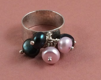 Wide band ring with pearls.  Bling ring.  Baubles ring. Cocktail ring. Sterling silver and freshwater pearls.  Green and pink.