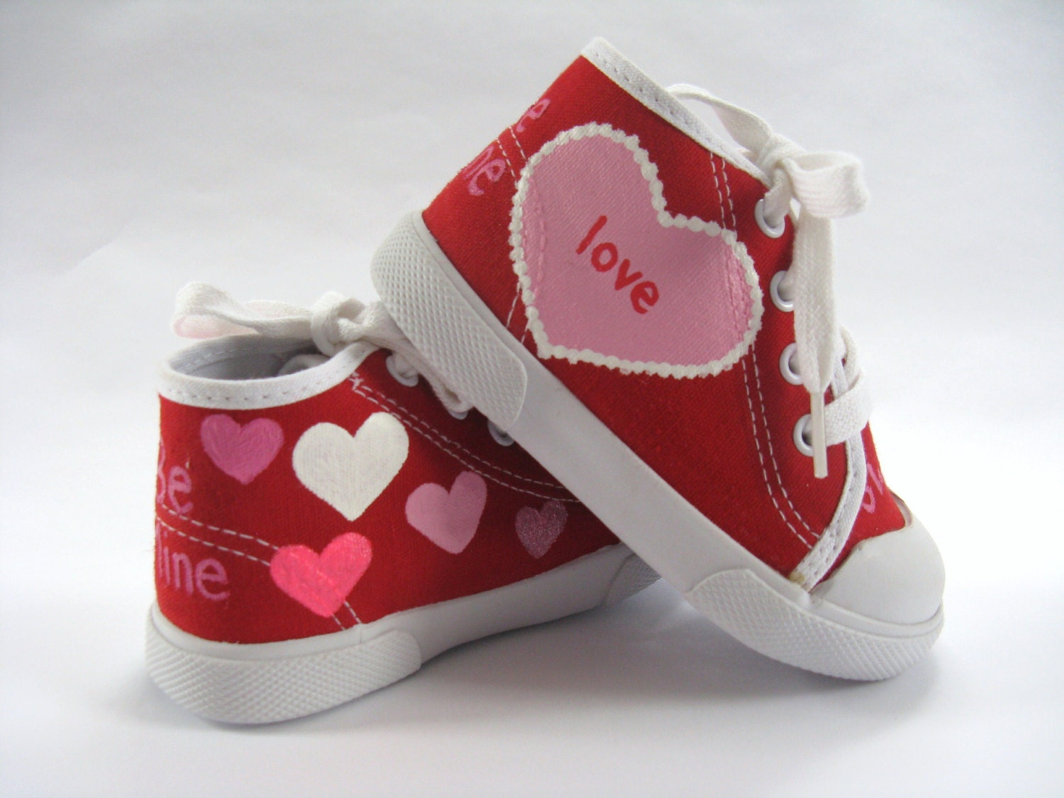 Valentine Heart Sneakers Shoes, Red Hi Top Sneakers Heart Hand Painted for Baby or Toddler's Pink and Red Valentine's Day Outfit 3bb190