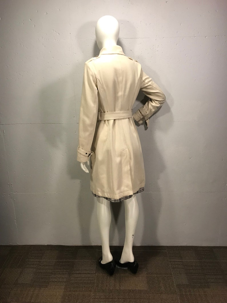 590abace98 Benetton 90s trench coat fitted winter white trench Military | Etsy