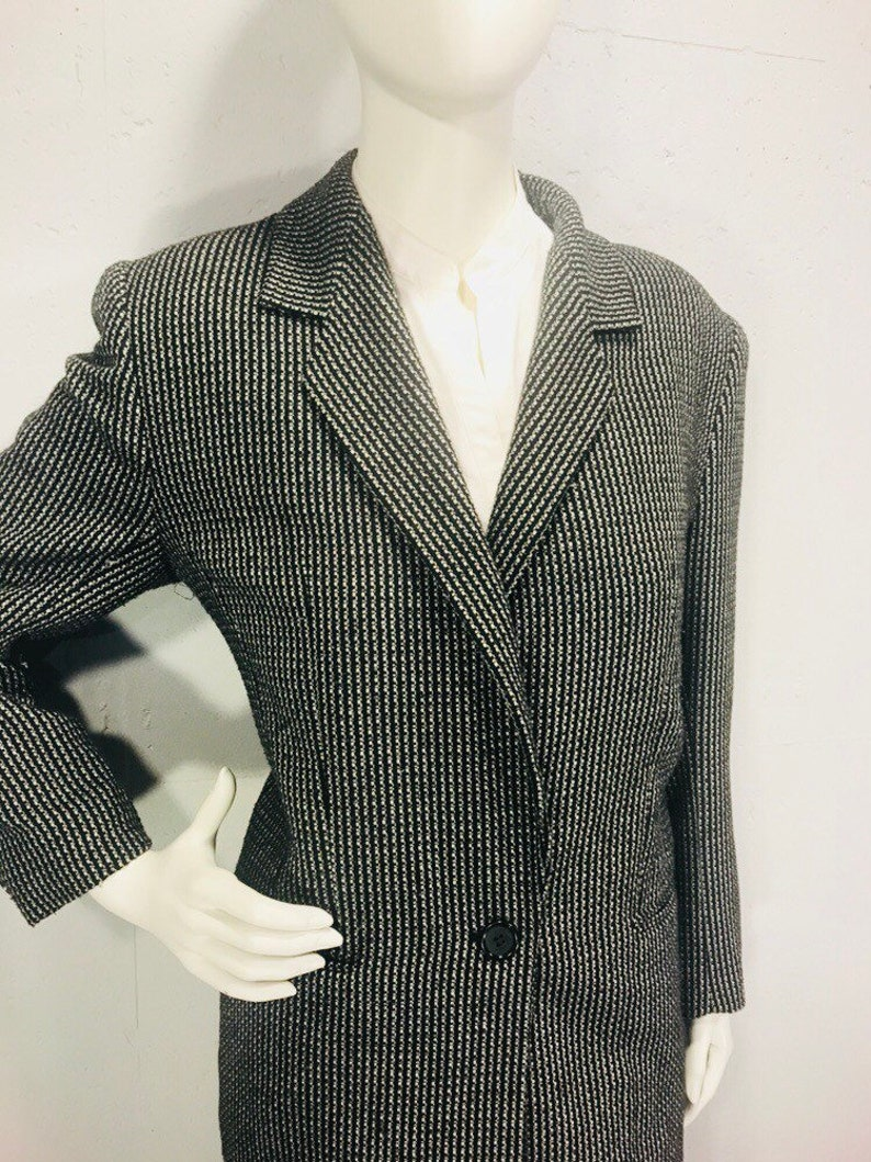 80s oversized menswear style womans suite black and white woven two pice suite drop waist pleating womanswear