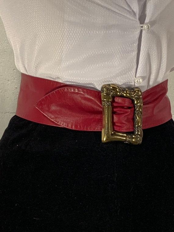 80s  leather belt large gold belt buckle adjustabl