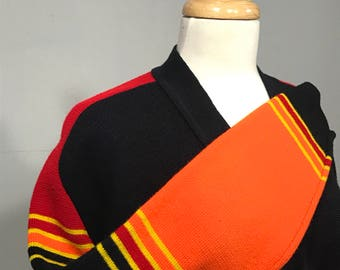 Fall River Mills,Vintage Fall River Mills Sweater, Cardigan sweater, Retro Cardigan sweater, Bold Cardigan sweater, 70s cardigan sweater