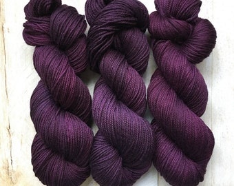 Ann Boleyn By Louise Robert Design | Dk Pure Hand-dyed Semi-solid Yarn