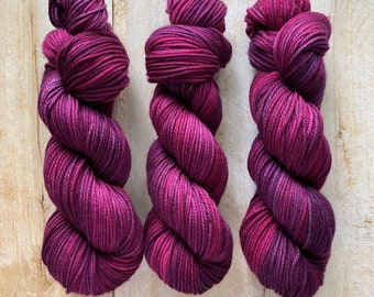 CHARDON by Louise Robert Design   MERINO WORSTED hand-dyed semi-solid yarn